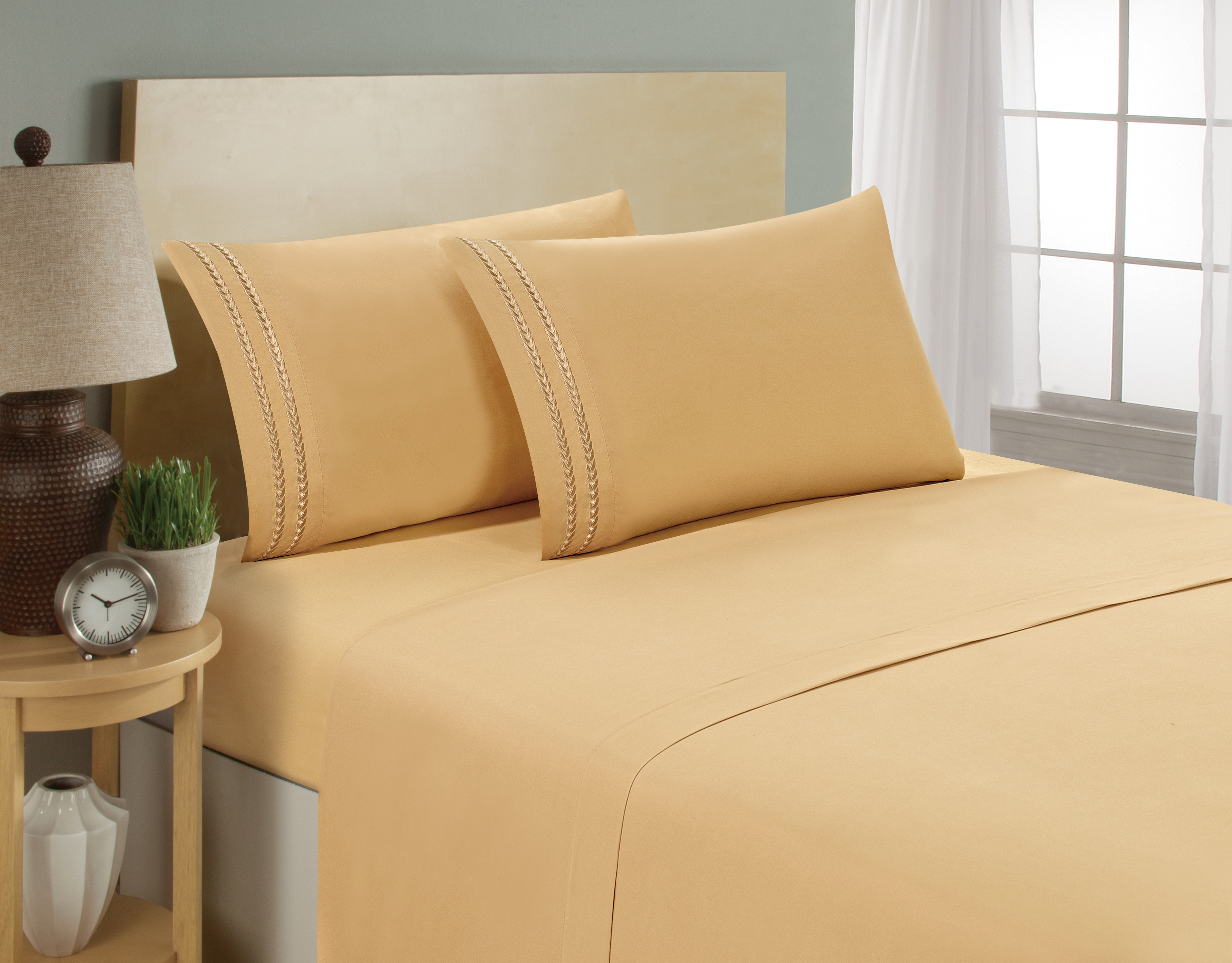 aJOY World Chain Link Embroidery 1800 Series Ultra-soft Premium Microfiber Sheet Set - Full, Camel